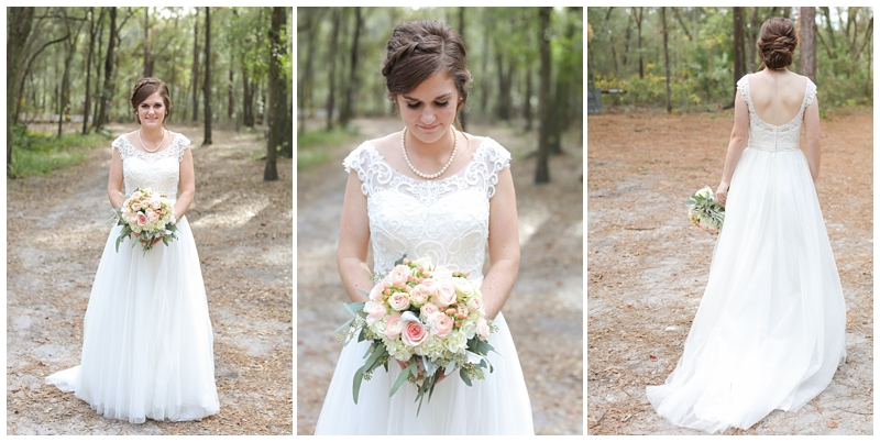 bridal portraits Bridle Oaks barn
