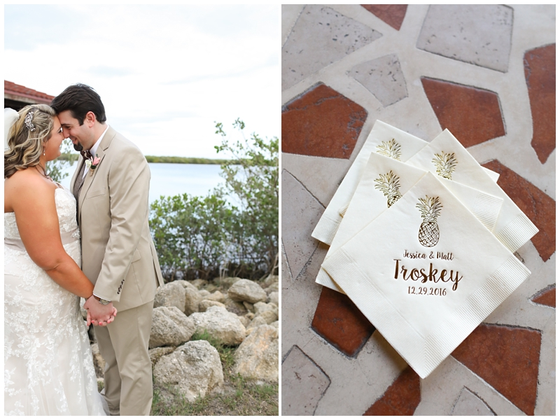 Pineapple wedding napkins