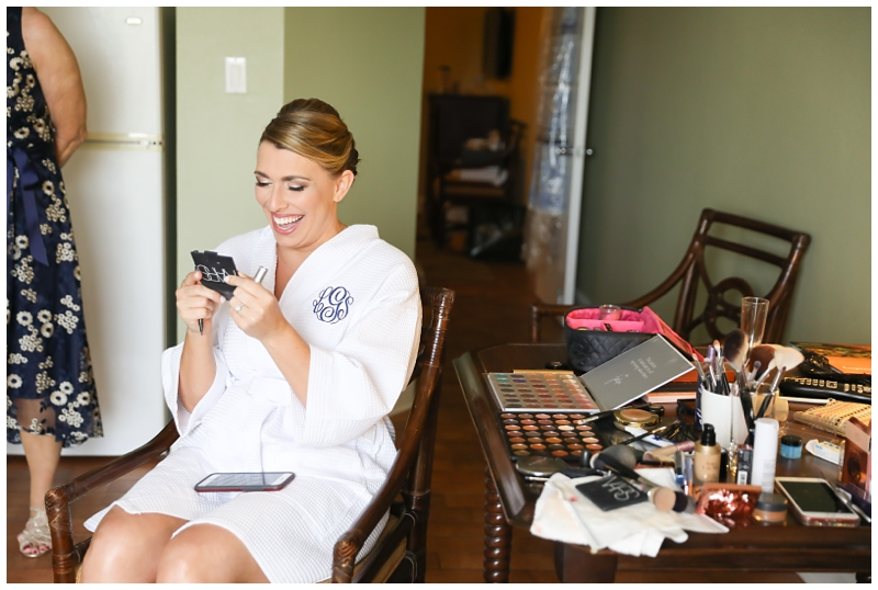 Bride getting ready, Monogrammed robe