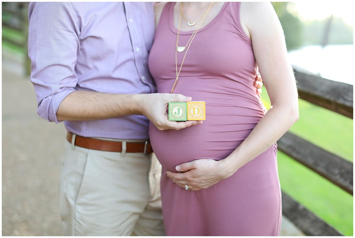 Block letters maternity portraits